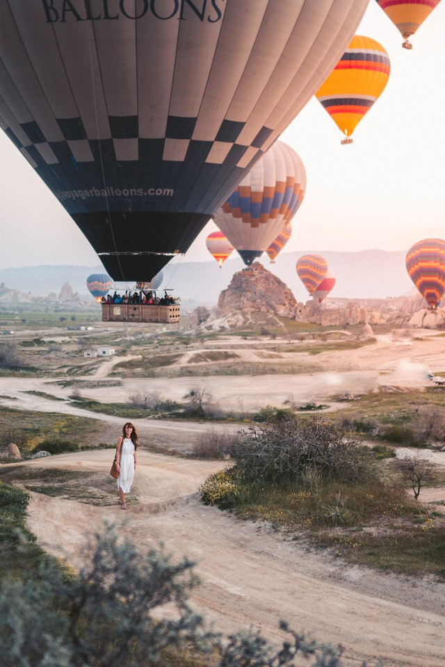hot-air-ballons-single-women-way